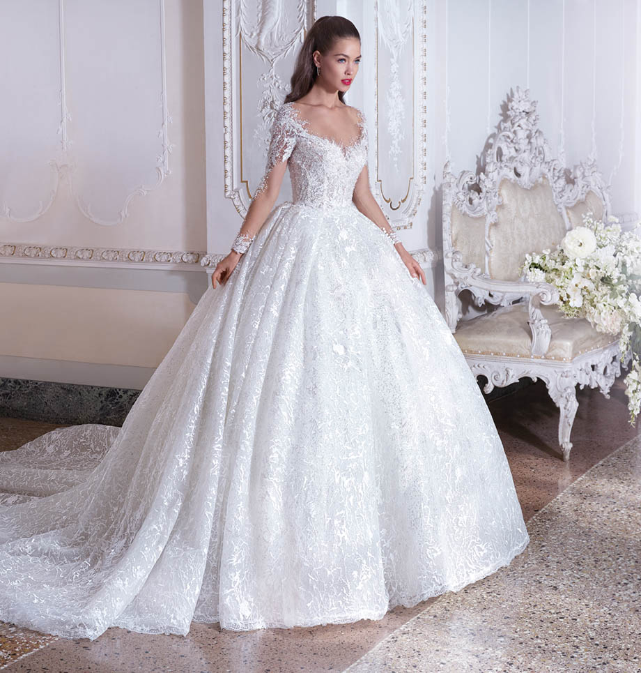 Robe de mariée Demetrios Platinium modèle