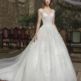 Robe de mariée Cosmobella modèle 7941