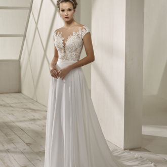 Robe de mariée Divina Sposa modèle 19220