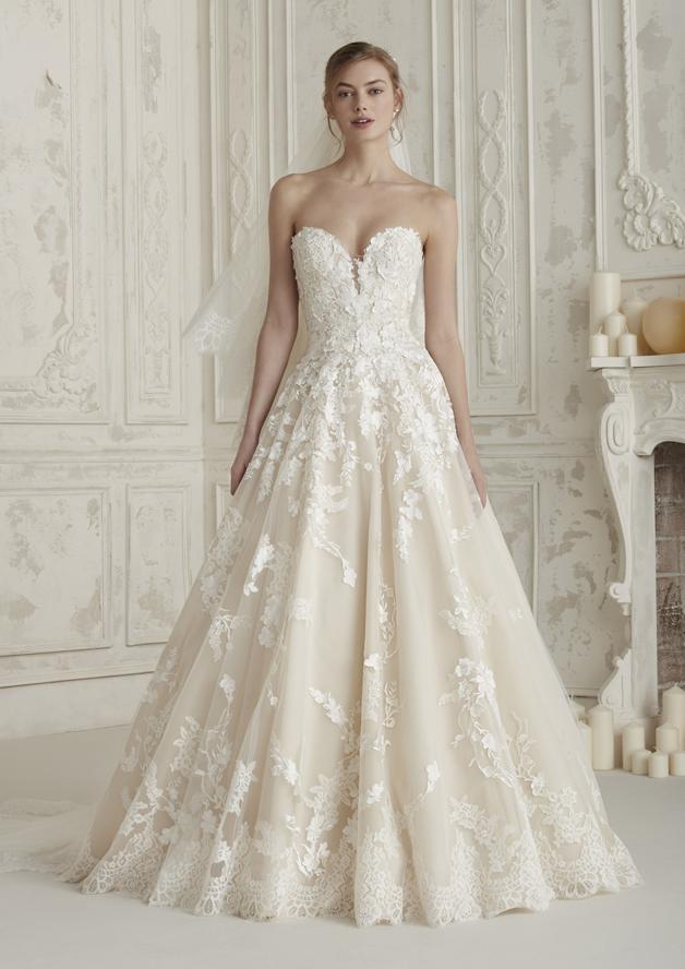 2c5181118e5 Robe de mariée Pronovias modèle Elcira ...