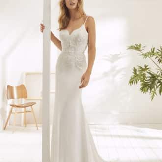 Robe de mariée White One modèle Oakes