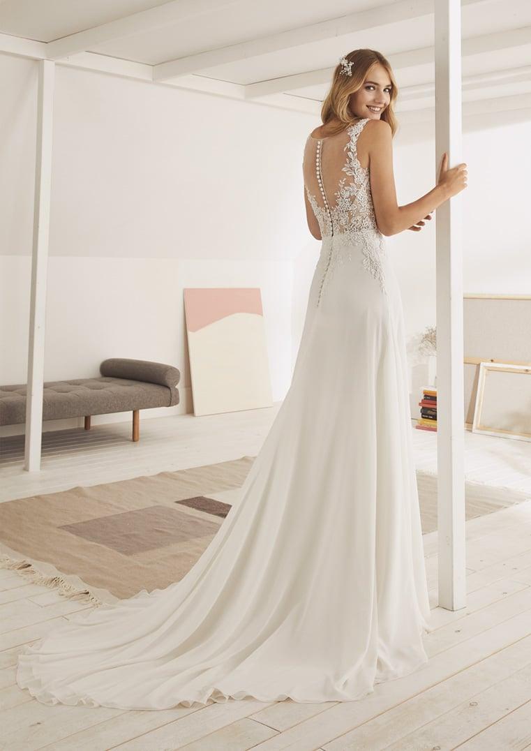 vraiment pas cher Beau design bonne texture Robe de mariée White One modèle Osuna - Déclaration Mariage