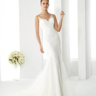 8112342999e Robes de mariée - Showroom Déclaration Mariage Paris