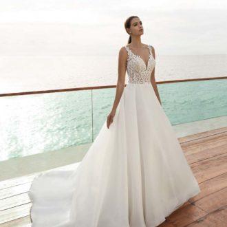 Robe de mariée Cosmobella modèle 7989