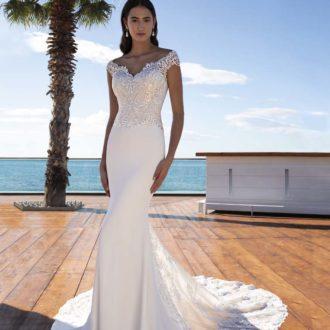 Robe de mariée Cosmobella modèle 8023