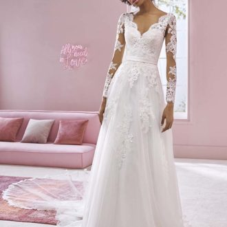 Robe de mariée White One modèle DIONNE