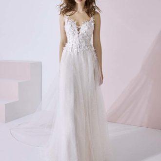 Robe de mariée White One Essential modèle BETHANY
