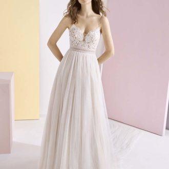 Robe de mariée White One Essential modèle CLEO